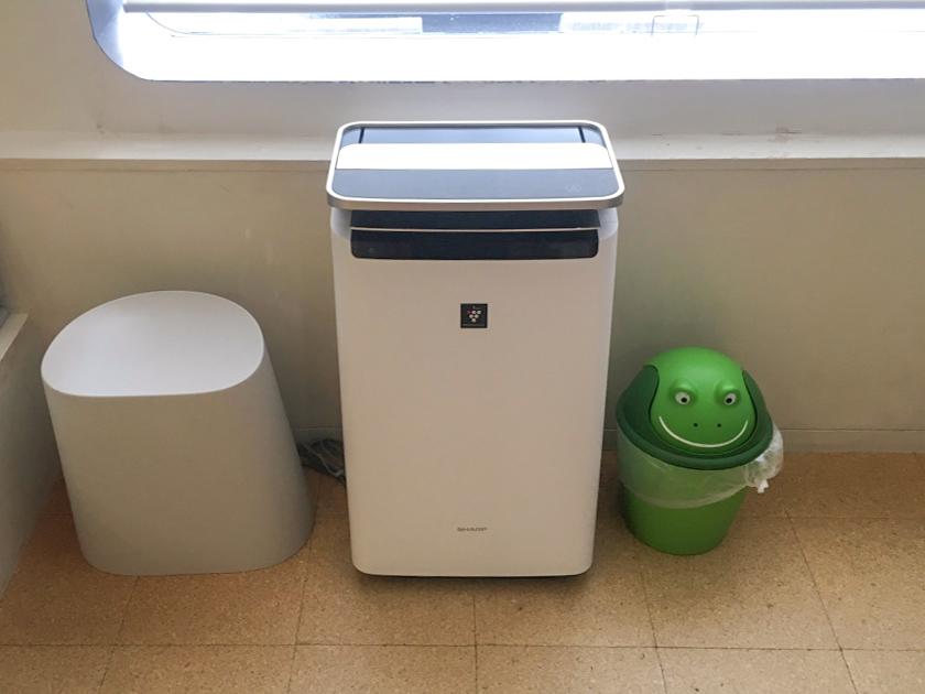 対策3 待合室に空気清浄機を設置